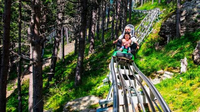 Especial Aventura: Escapada con entradas al parque de animales Naturlandia en Andorra