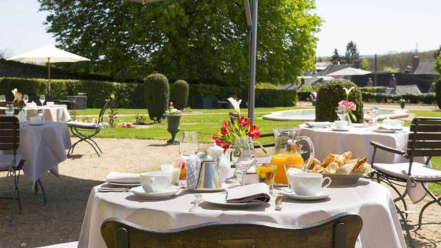 Chateau de Noizay - breakfast