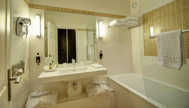 Najeti Hotel du Parc - bathroom