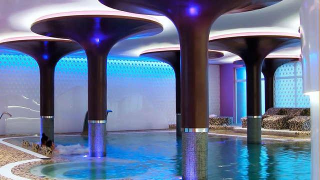 Descansa en hotel 4* elegante y amplio en Albacete con acceso al spa incluido