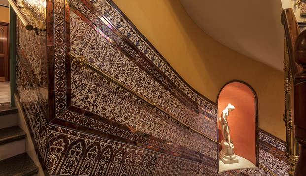 Hotel Baco - escalera