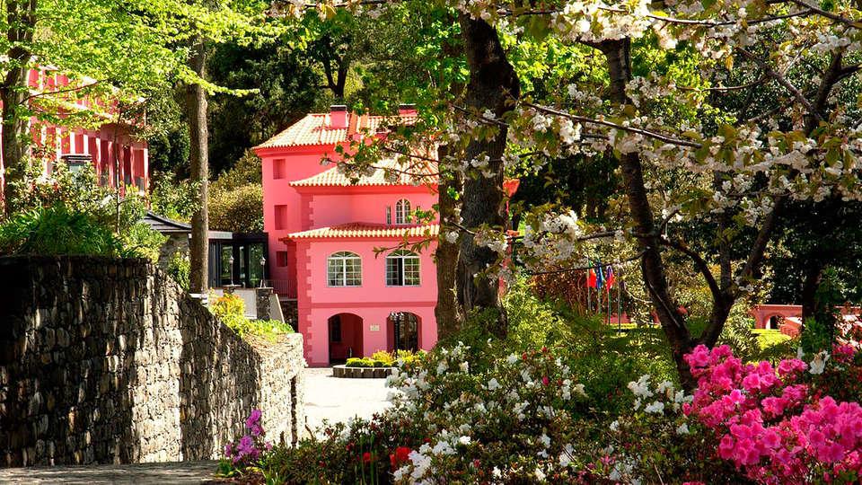 Hotel Quinta da Serra - EDIT_front.jpg