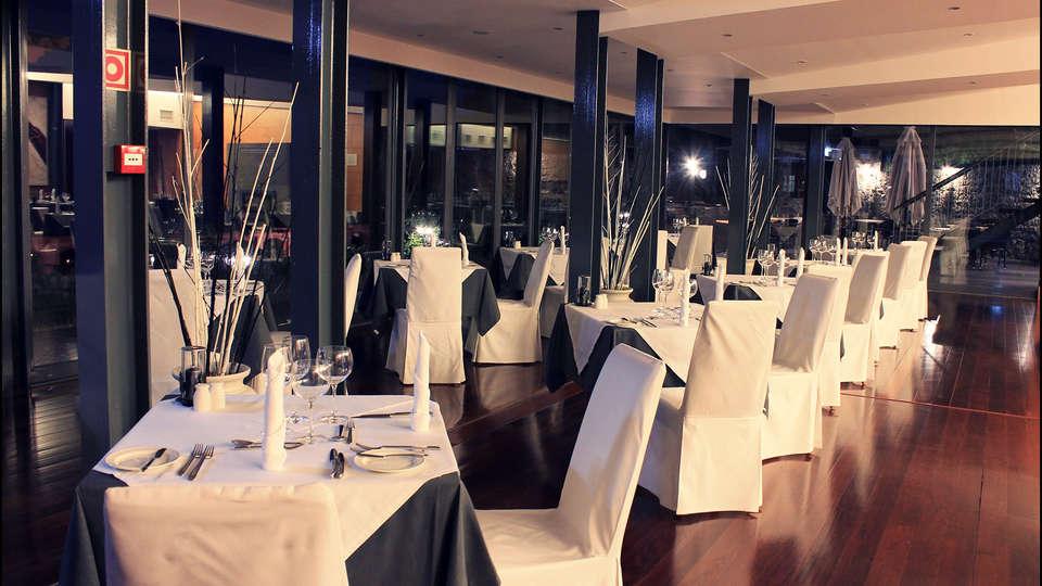 Hotel Quinta da Serra - EDIT_restaurant1.jpg