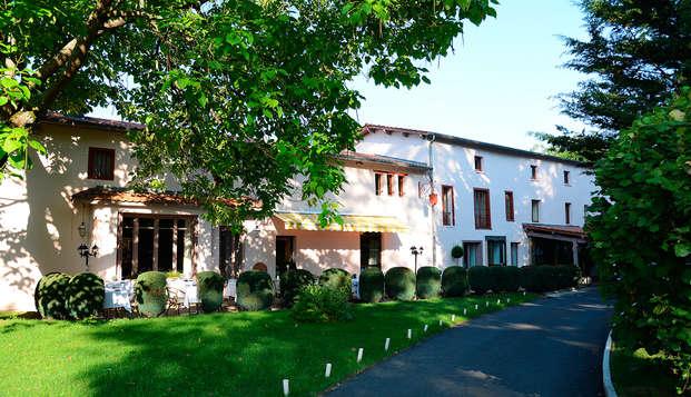 Hotel The Originals Clos St Eloi ex Relais du Silence - Front-