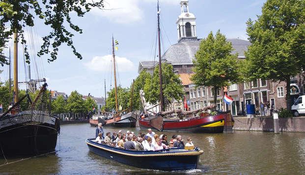 Novotel Rotterdam Schiedam - boat