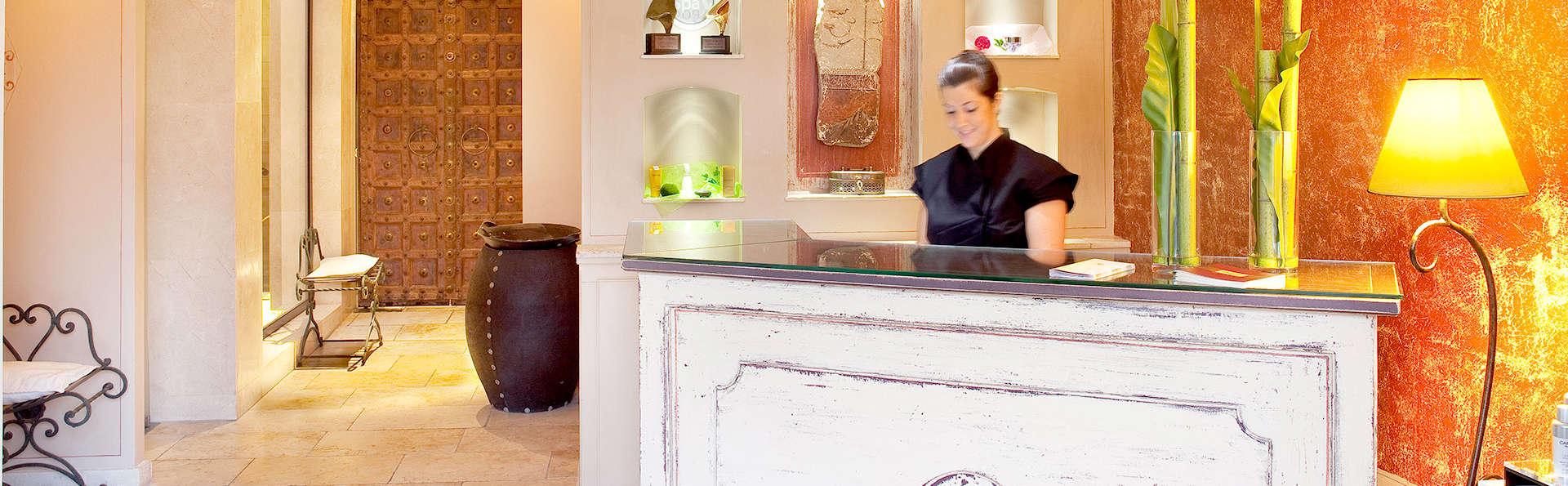 Boutique Hôtel - Hostellerie Bérard & spa  - Edit_Reception.jpg