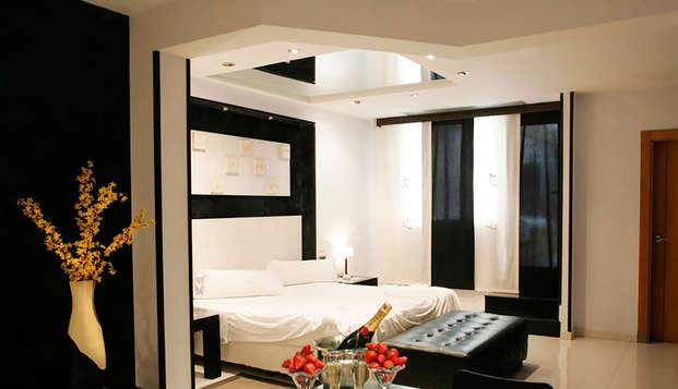 Escapada romántica con cena privada en suite en Alcalá de Henares (Adults Only)