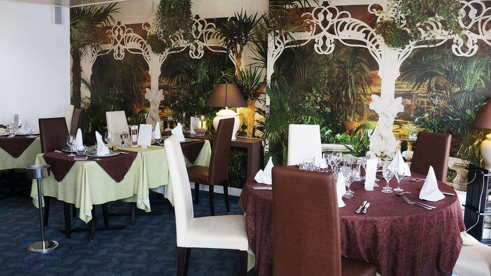 La Bertelière, The Originals Relais (ex Qualys-Hotel) - EDIT_restaurant.jpg