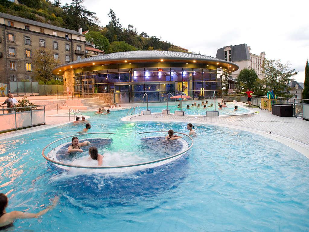 Séjour Auvergne - Week-end détente avec accès au circuit thermal Royatonic à Clermont-Ferrand  - 3*