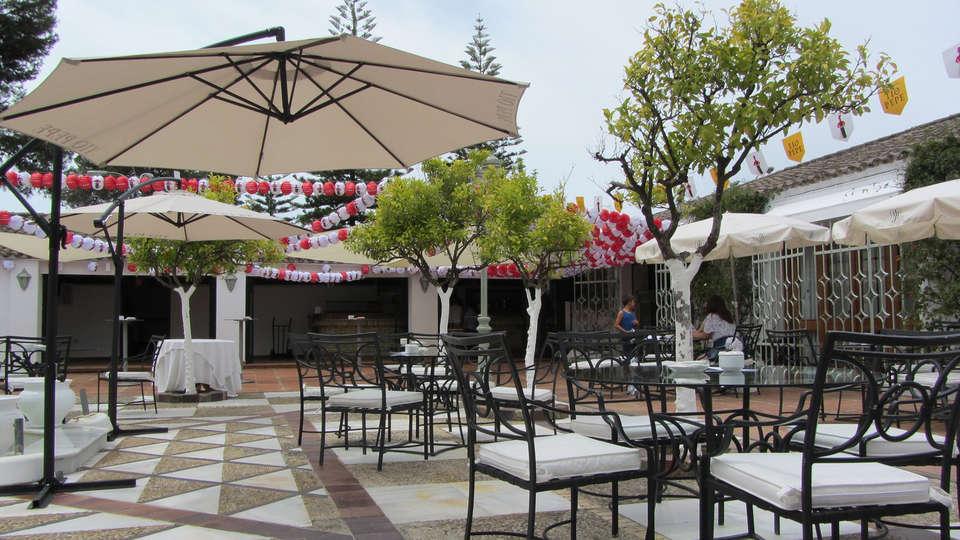 Hotel Jerez & Spa - edit_patiodelosnaranjos.jpg