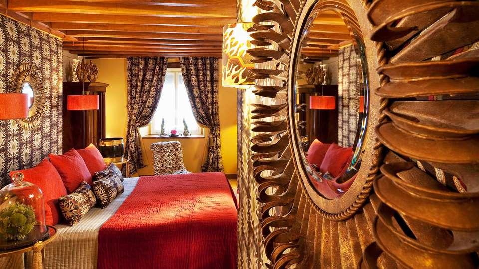 Hôtel de France Angerville - EDIT_room6.jpg