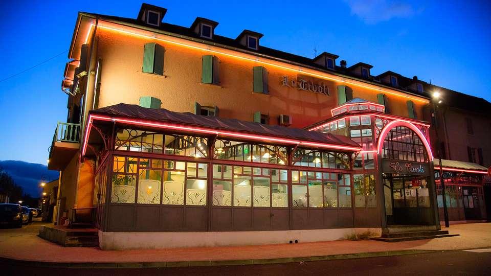 Hôtel Restaurant Le Tivoli - EDIT_front1.jpg