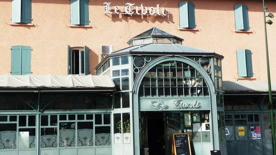 Hôtel Restaurant Le Tivoli - EDIT_front.jpg