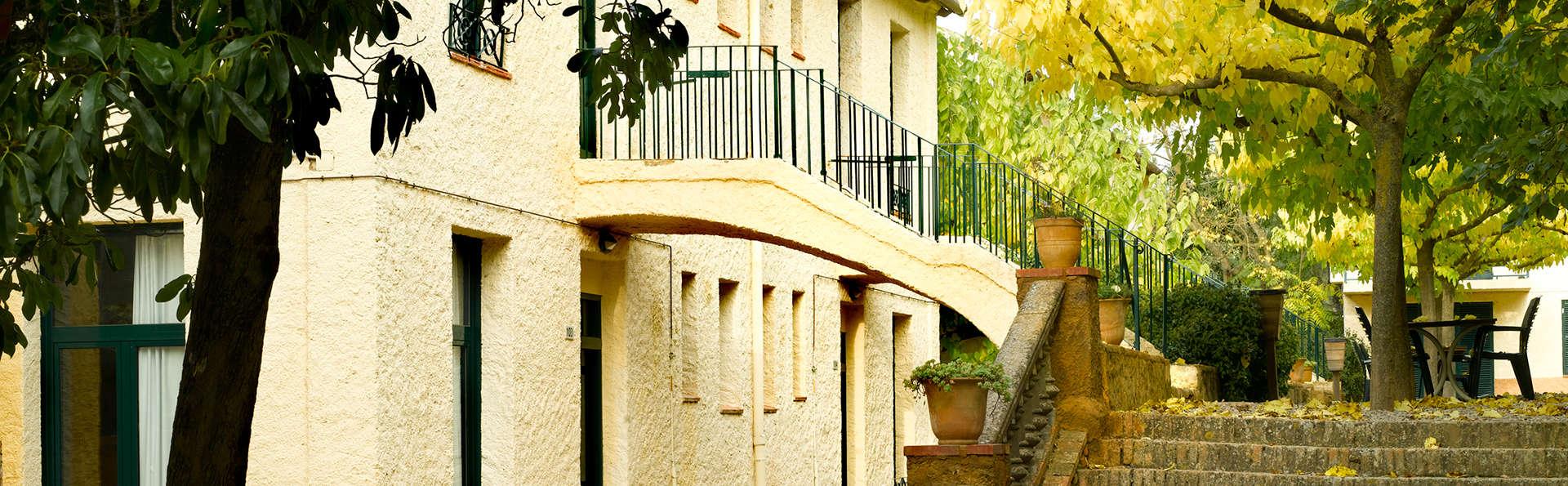 Sercotel Villa Engracia - edit_exterior_apartments.jpg