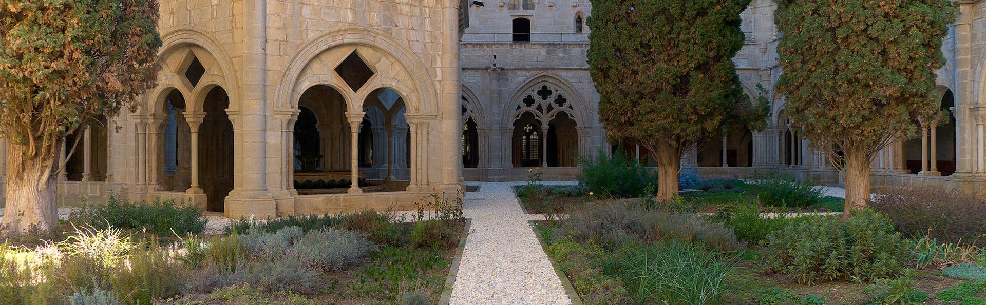 Sercotel Villa Engracia - edit_Monasterio_de_Poblet.jpg