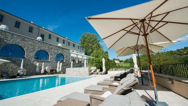 Escapada relax y bienestar con tratamientos en un antiguo convento provenzal