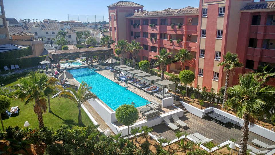 Sentido AMA Islantilla - edit_Hotel-Property-1.jpg