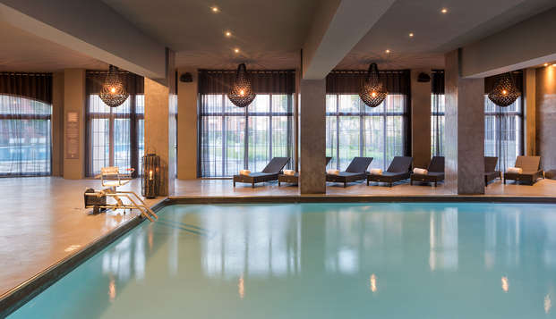 Escapada premium con acceso ilimitado al Spa, Masaje relajante, Cena y tratamiento VIP en Islantilla