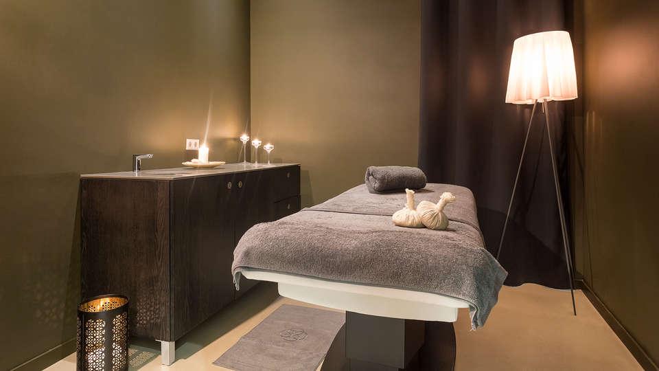 Hotel AMA Islantilla Resort - edit_massage-room.jpg