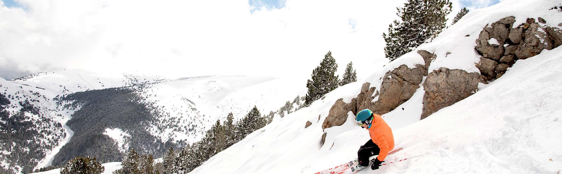 Relax y esquí con forfaits incluidos en La Molina