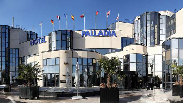 Hotel Palladia - front