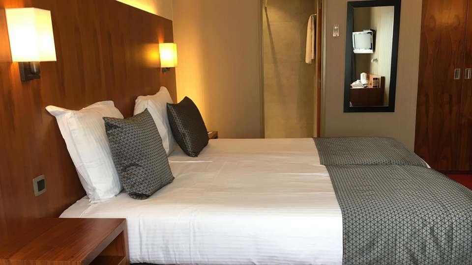 Best Western Hotel Chamade - EDIT_room.jpg