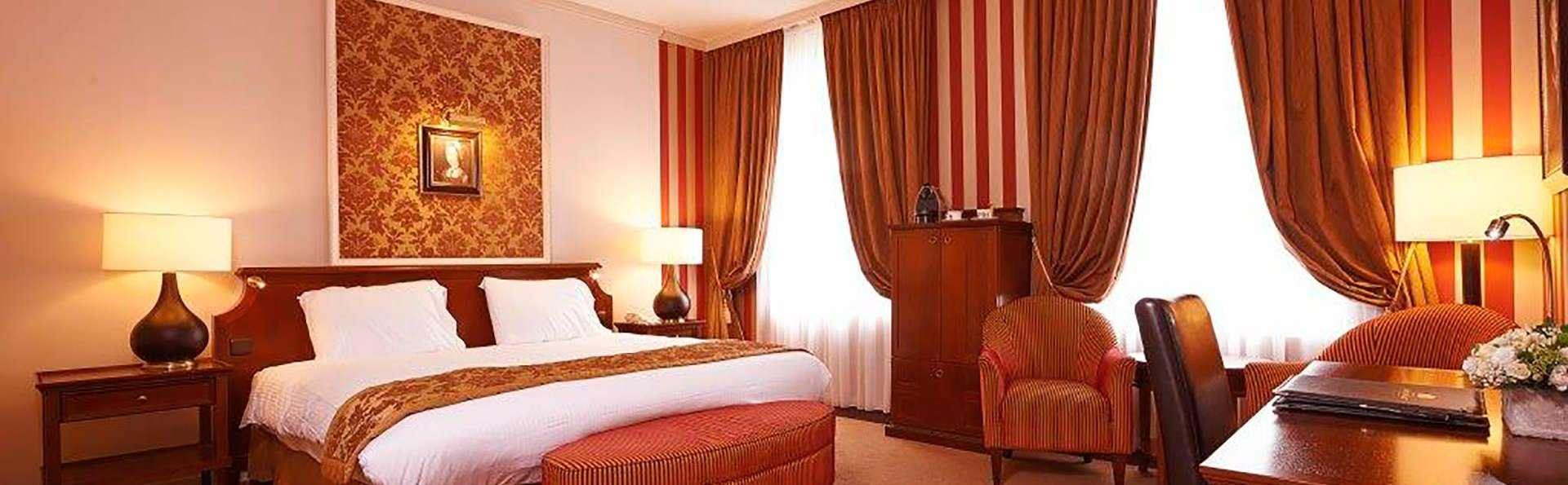 Hotel Dukes' Palace - EDIT_deluxe1.jpg