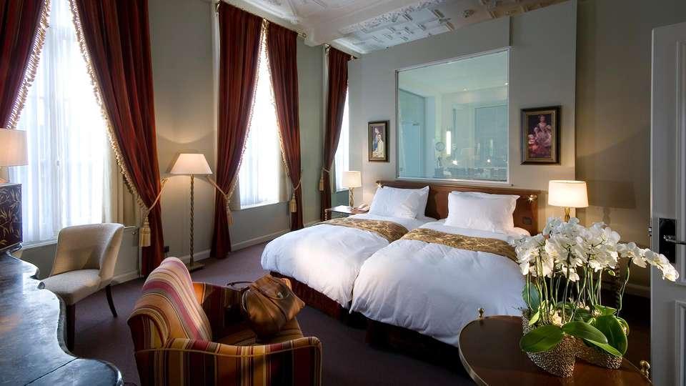 Hotel Dukes' Palace - EDIT_deluxejsuite.jpg