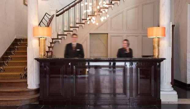 Hotel Dukes Palace - reception