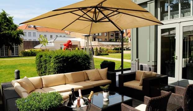 Hotel Dukes Palace - terrace