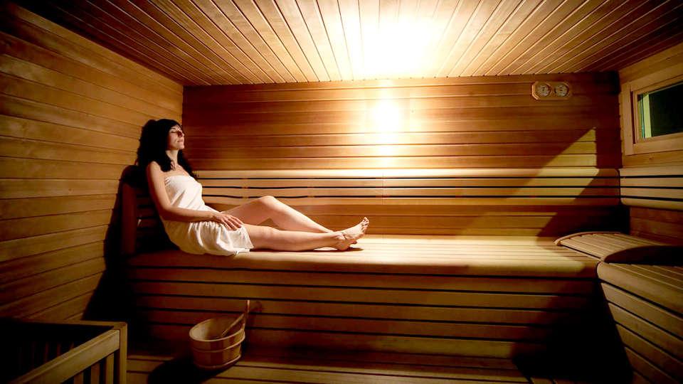 Hotel Villaggio Nevada - Edit_Sauna.jpg