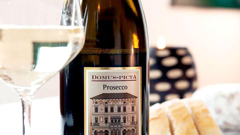 Residence Miravalle & Stella Alpina - Edit_Prosecco.jpg