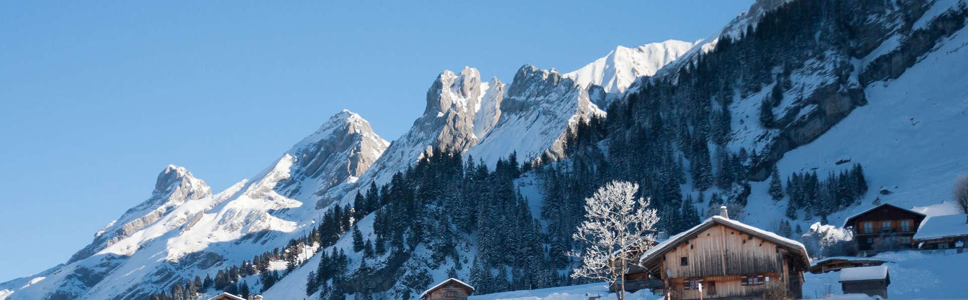 Semaine ski aux pieds, en appartement pour 6 personnes, à la Clusaz