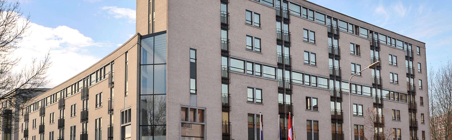 Apart Hotel Randwyck - EDIT_front2.jpg