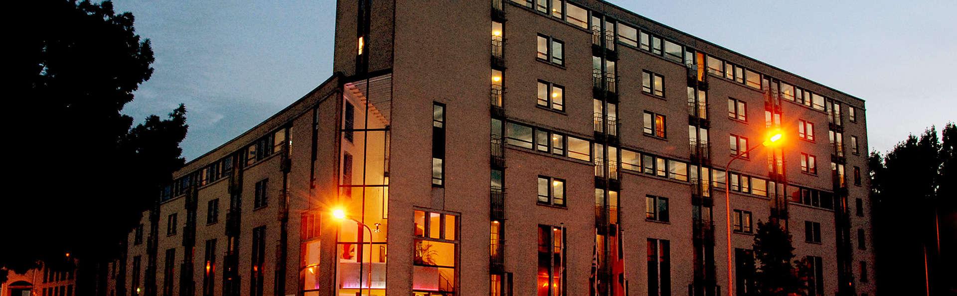 Apart Hotel Randwyck - EDIT_front1.jpg