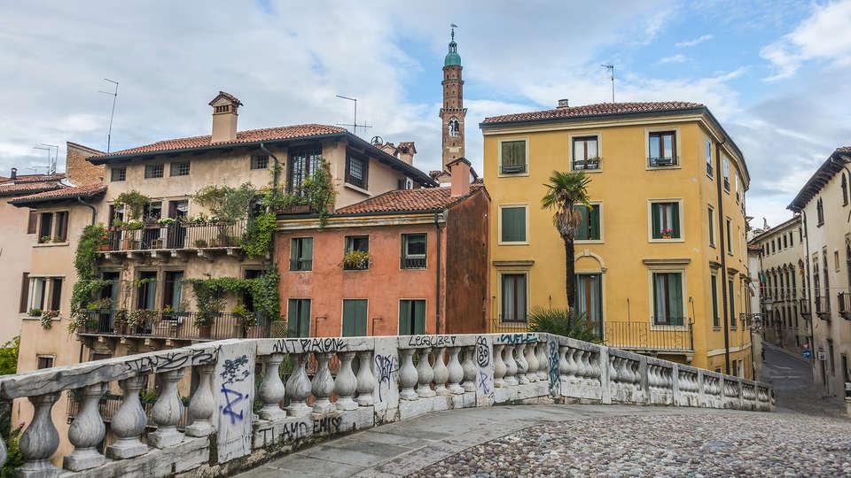 Hotel Campo Marzio - Edit_vicenza.jpg