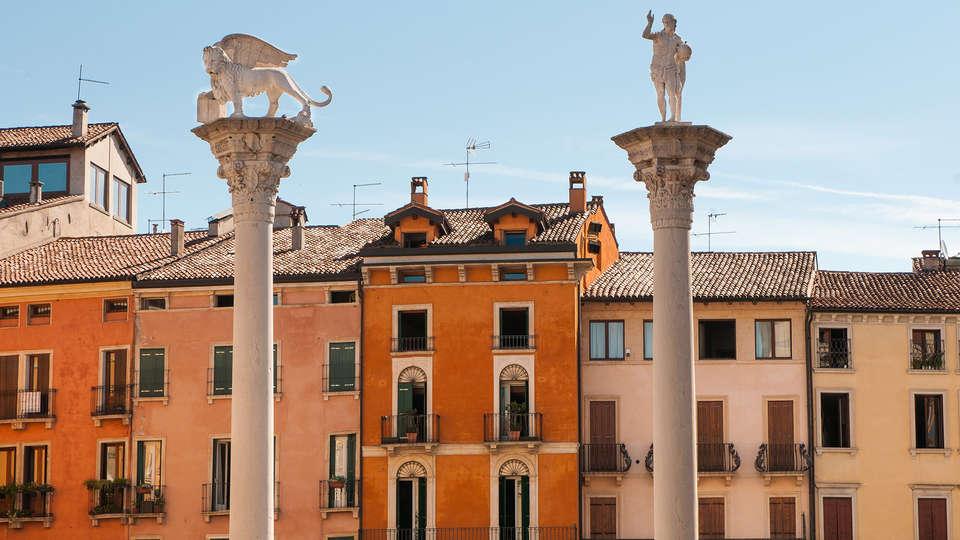 Hotel Campo Marzio - Edit_vicenza2.jpg