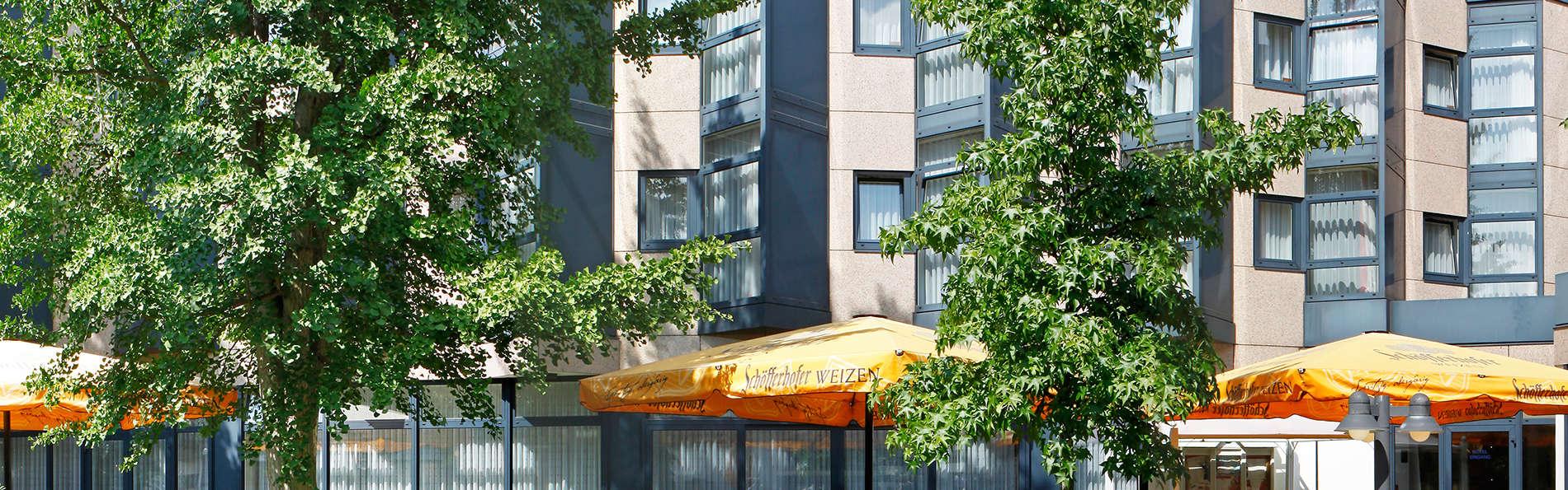H+ Hotel Köln Brühl - edit_terrasse_02_ramada_hotel__Kopie.jpg