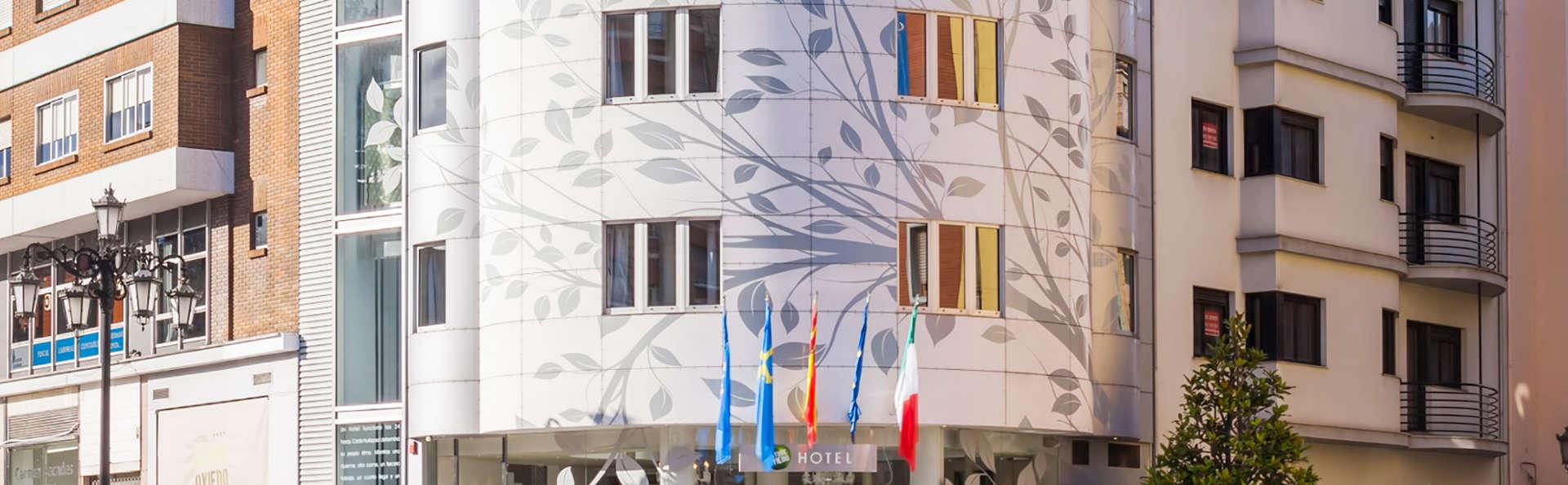 Hotel Nature Oviedo - edit_entrance.jpg