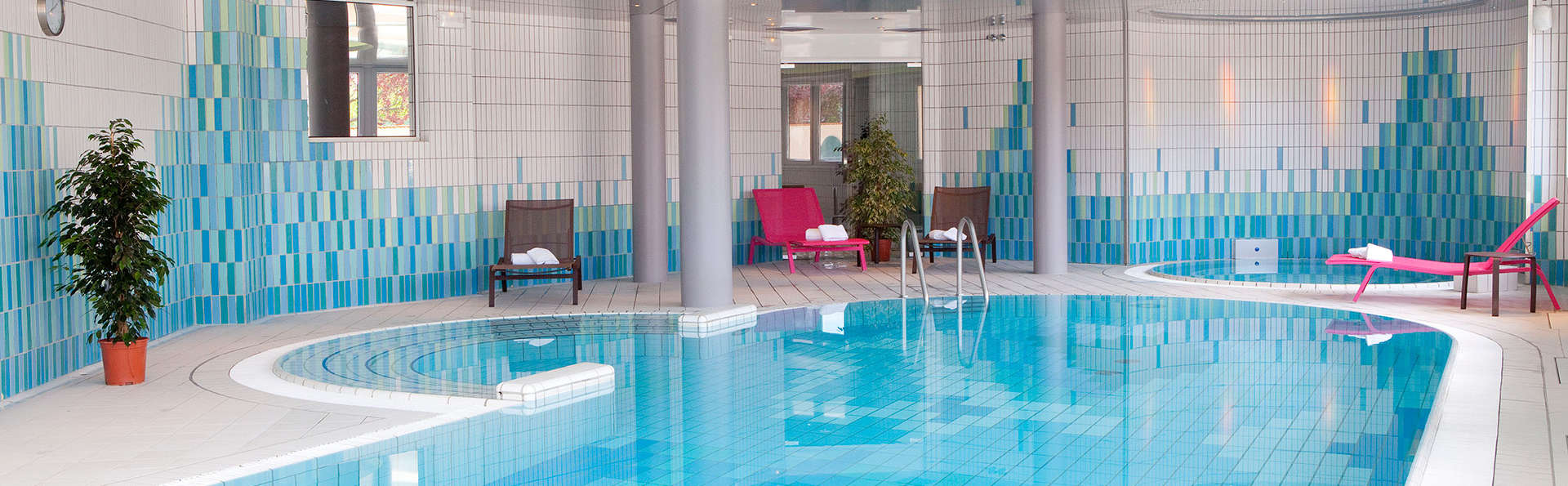 Hôtel l'Europe - EDIT_inpool.jpg