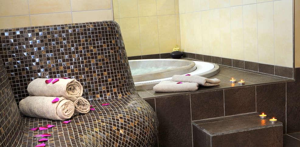 week end citytrip toulouse avec 1 acc s au spa pour 2 adultes partir de 109. Black Bedroom Furniture Sets. Home Design Ideas