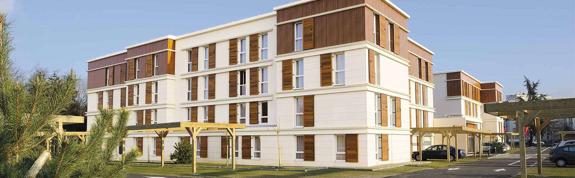 Residhome Paris Guyancourt - EDIT_front1.jpg