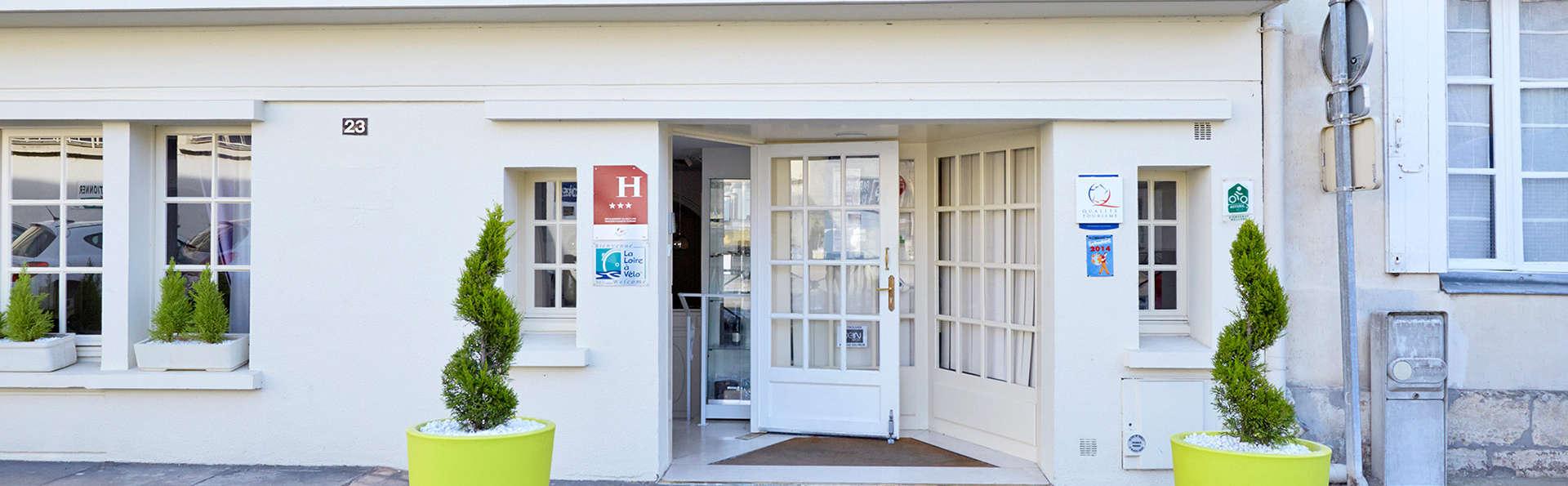 Hôtel Kyriad Saumur - EDIT_front1.jpg