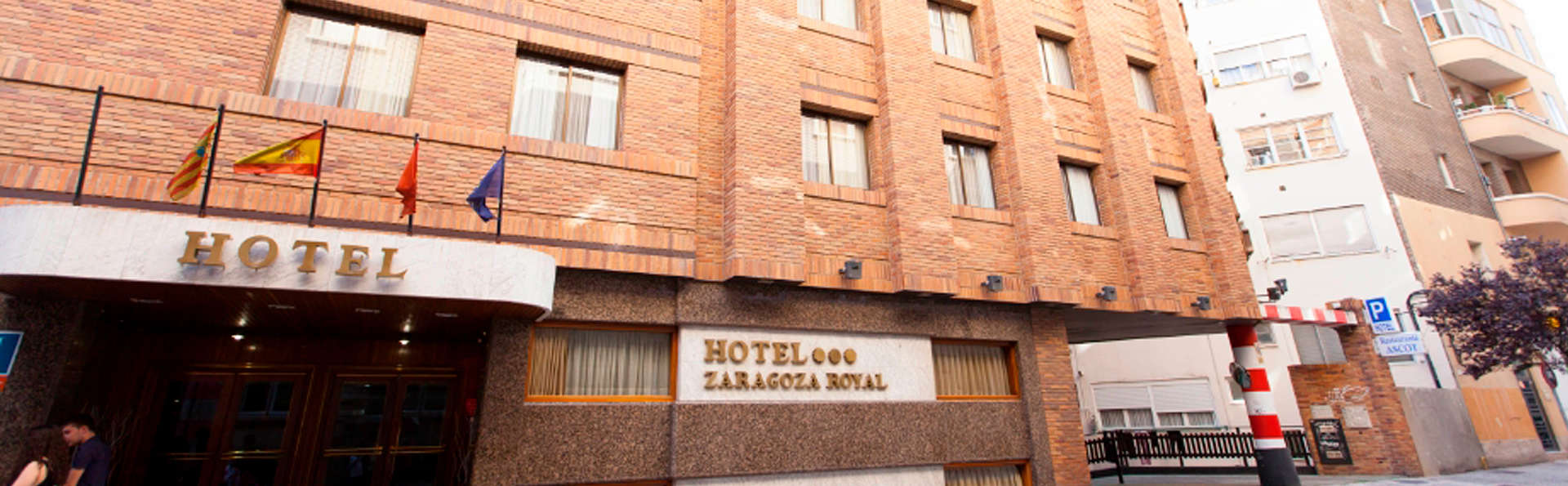 Hotel Zaragoza Royal - edit_front.jpg