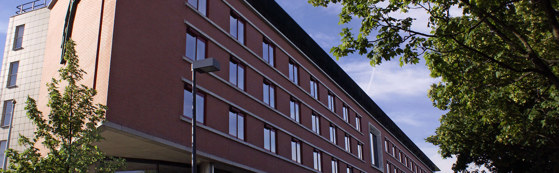 Hotel Van der Valk Maastricht - edit_voorzijde-hotel.jpg