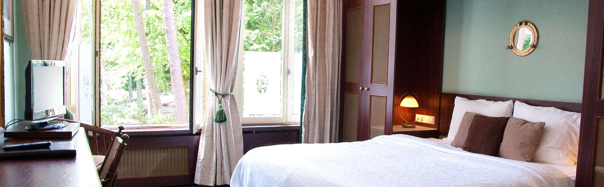 Hotel Mastbosch Breda - EDIT_room.jpg