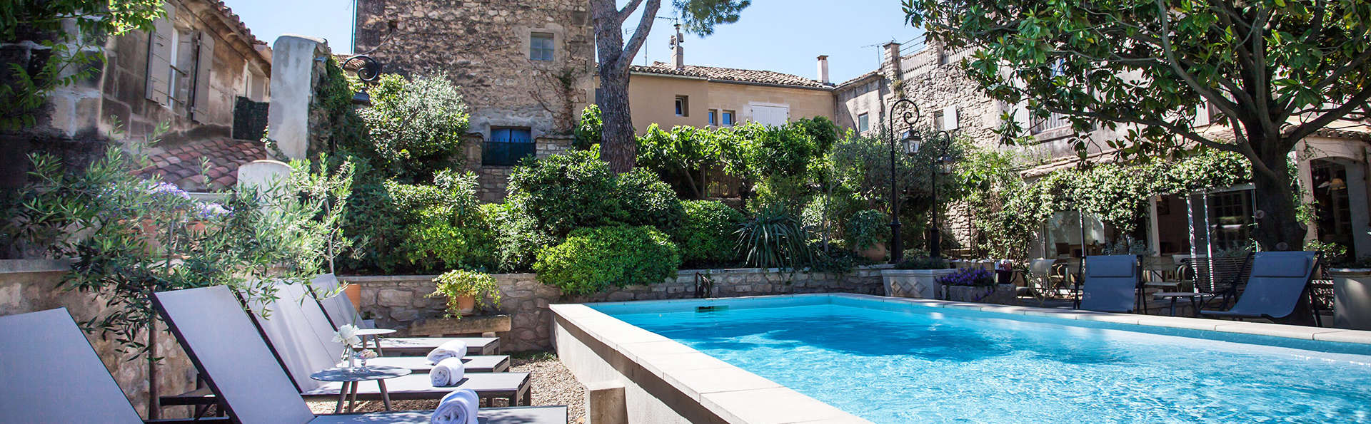 Villa Regalido - EDIT_pool3.jpg