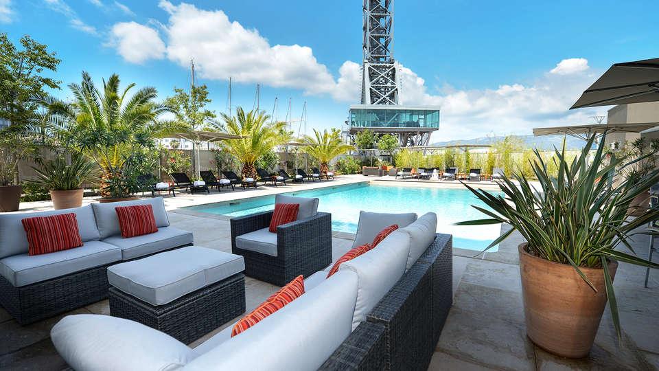 Hôtel Mercure Toulon - EDIT_pool2.jpg