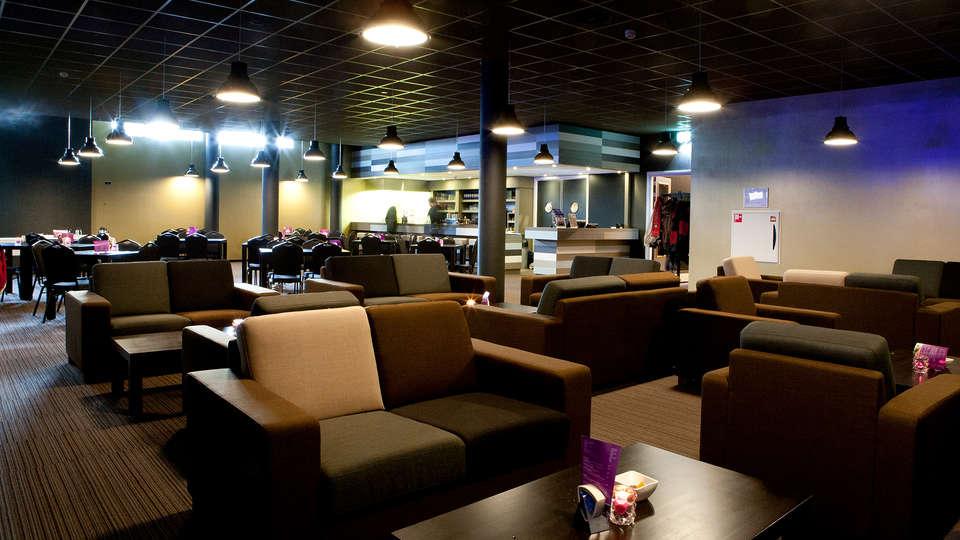 Teugel Resort Uden - edit_lobby.jpg