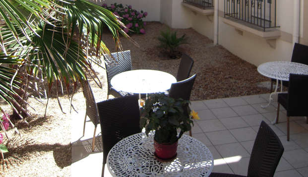 Hotel Georges VI - Biarritz - patio